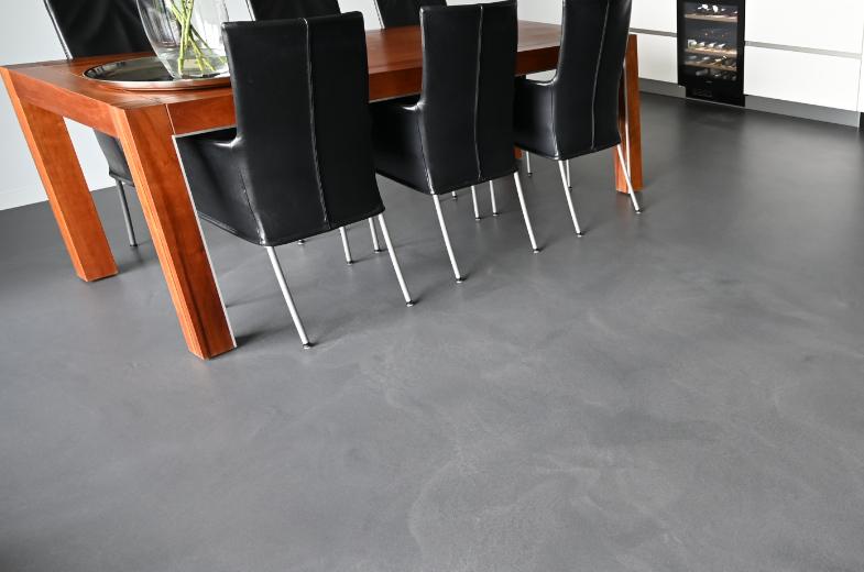 Polyurethaan gietvloer met industrial look (betonlook)